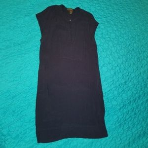 Awesome little black dress with pockets